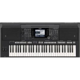 Teclado portátil Yamaha PSR-S750