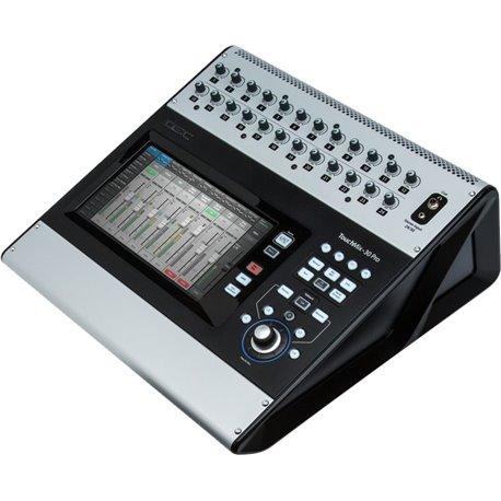 Mezcladora Digital de 32 canales QSC TouchMix-30 Pro