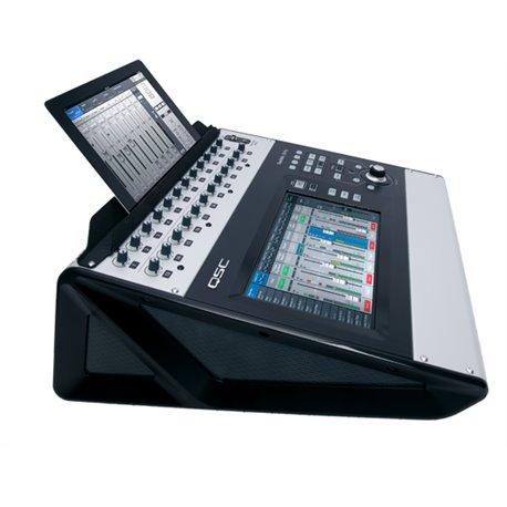 Soporte para tablet en mezcladora QSC TouchMix30-Pro